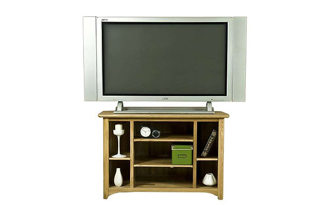 Tennessee Corner TV Unit
