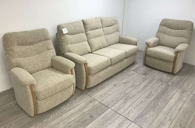 Brockenhurst Group – 3 Seater & Two Chairs