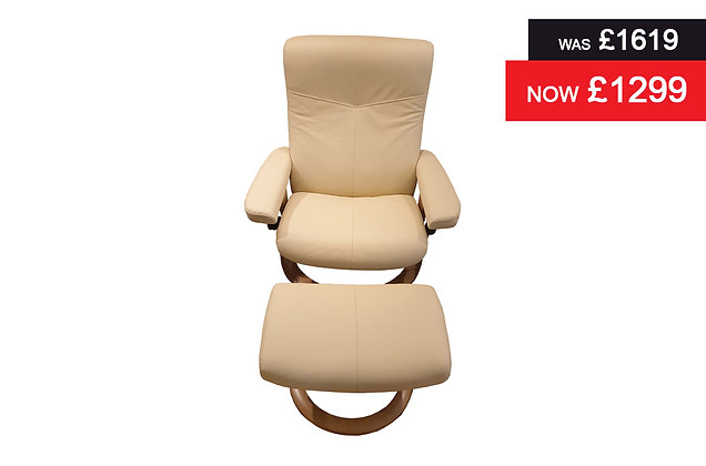 Stressless Dover Large Recliner Chair & Footstool - Batick Cream