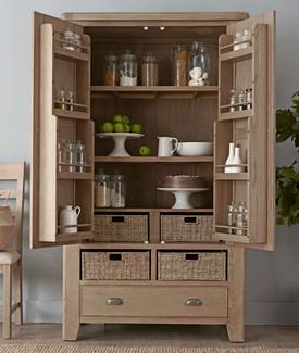 HO_larder_cupboard_open.jpg