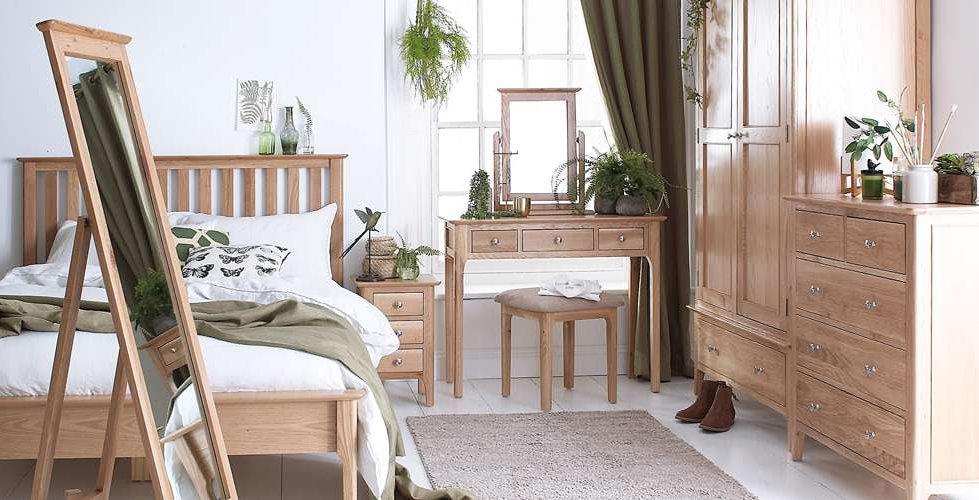 Bembridge Oak Bedroom furnitre