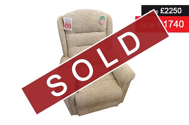 Cheltenham Premier Standard 4 Motor Lift & Rise Recliner Chair