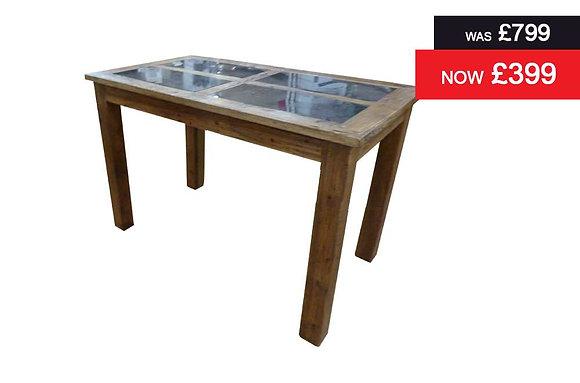 Urban Bar Table