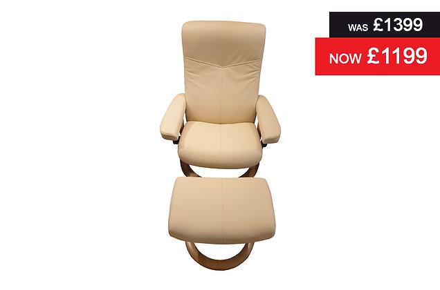 Stressless Dover Medium Recliner Chair & Footstool - Batick Cream