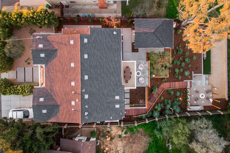 Brookside Design Highland Landscape Architecture. Modern Landscape Design. San Diego Landscape. Exterior Furnishings.