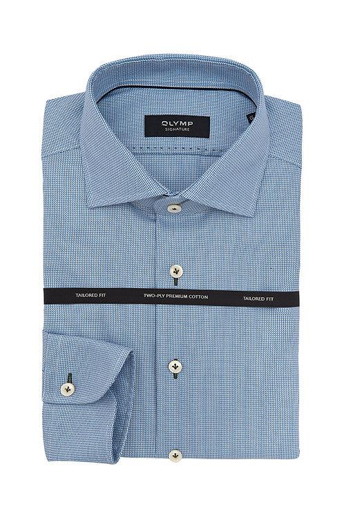 Мужская рубашка Olymp Signature голубого цвета с выделкой и контрастными петельк