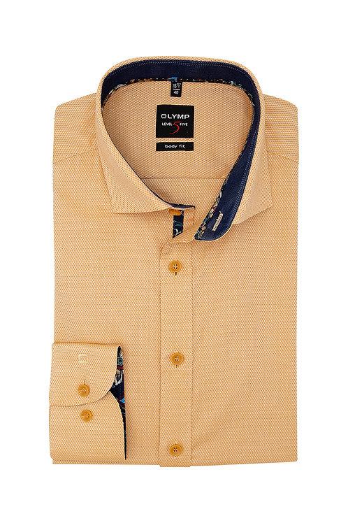 Рубашка Olymp Level Five с контрастными воротничком и манжетами.