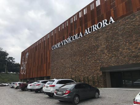 Uma grande festa para inaugurar a nova fábrica da Vinícola Aurora em Bento