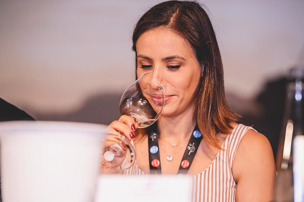 Cecília Aldaz foi uma das comentaristas da Avaliação Nacional de Vinhos 2017, momento em que esteve novamente no Brasil, conhecendo e degustando vinhos nacionais