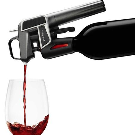 Conheça três acessórios que ajudam a conservar o vinho depois de aberto