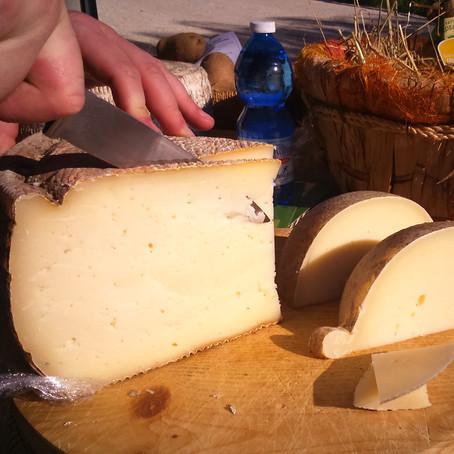 Conheça os queijos mais tradicionais de cada região da Itália