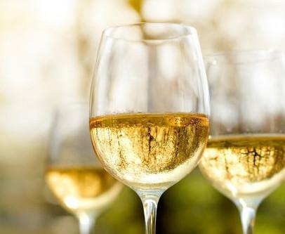 Cinco Chardonnay brasileiros com passagem por barricas de carvalho que você deve conhecer