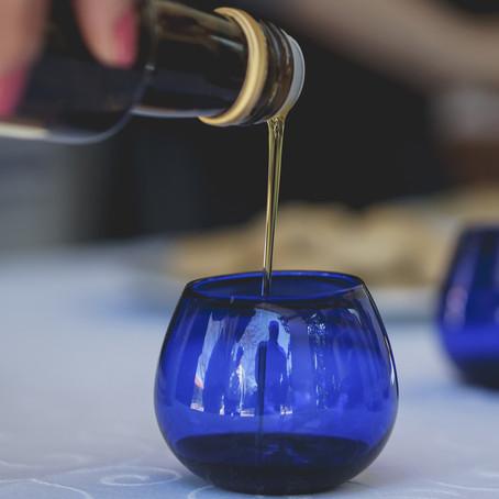 Escola de Gastronomia da UCS terá curso de sommelier de azeite