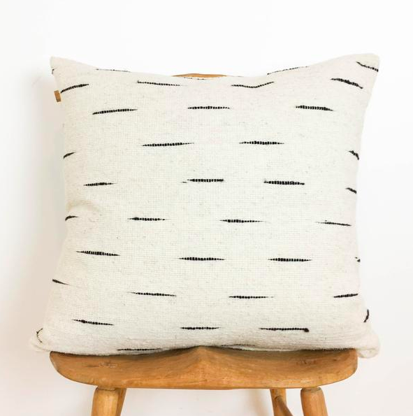 Flecha Pillow
