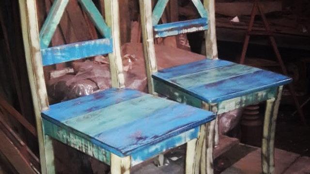 Cadeira com pátina