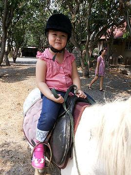 เรียนขี่ม้าลพบุรี