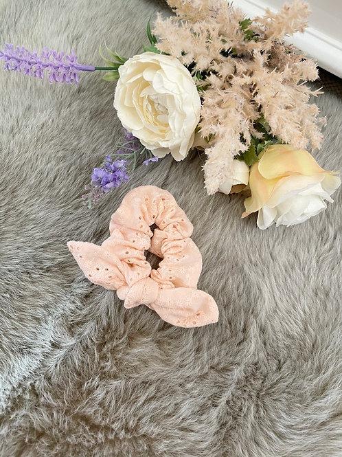 Scrunchie Lily Pink
