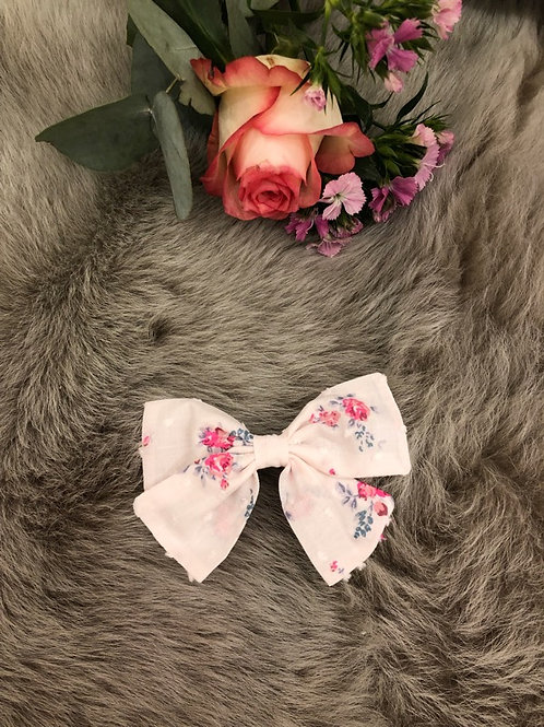 Bow Lily floral