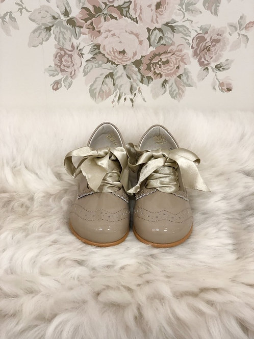 Shoes Jacqueline Taupe