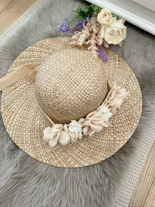 Straw Hat Nude Flowers