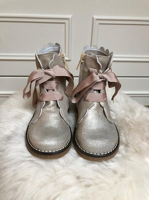 Boots Jamie