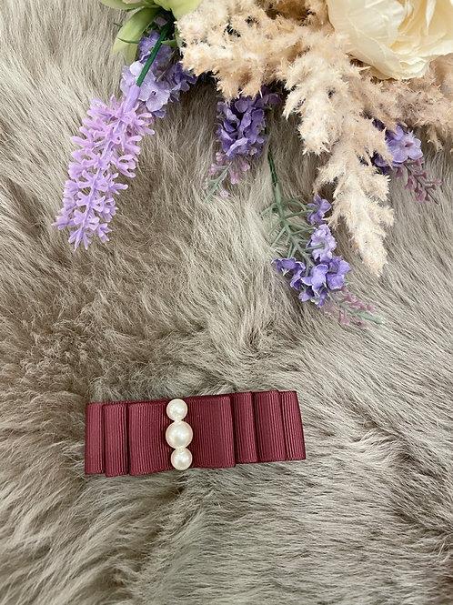 Bow Medium Burgundy pearls