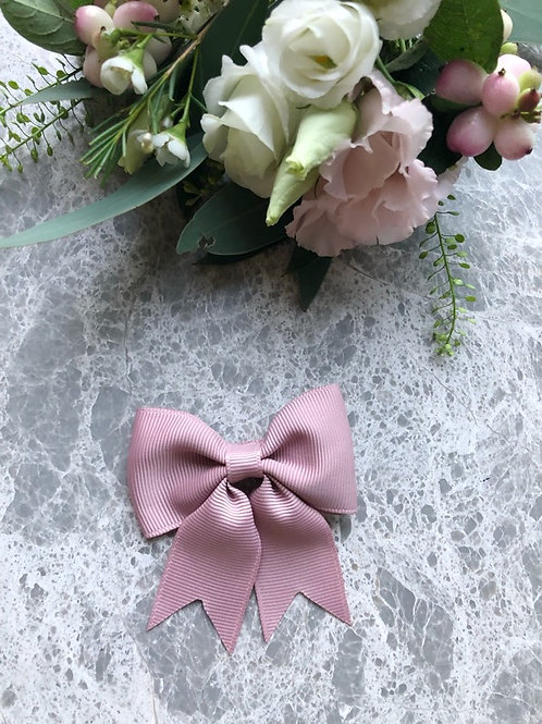 Bow Grosgrain Antique with Tails