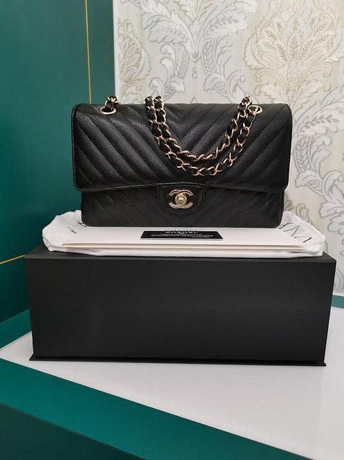 #26 LNIB Chanel Medium Classic Double Flap Black Caviar Light GHW
