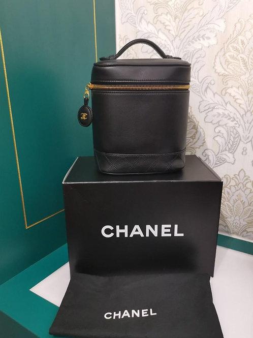 #4 Chanel Vintage Cosmetic Vanity Case Bag GHW