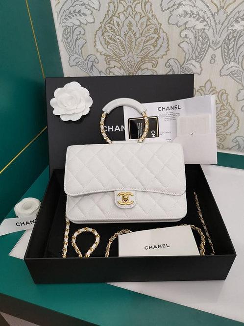 #29 LNIB Chanel woc White Caviar with GHW