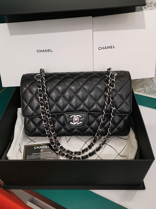 #21 LNIB Chanel Medium Classic Flap Black Caviar with SHW