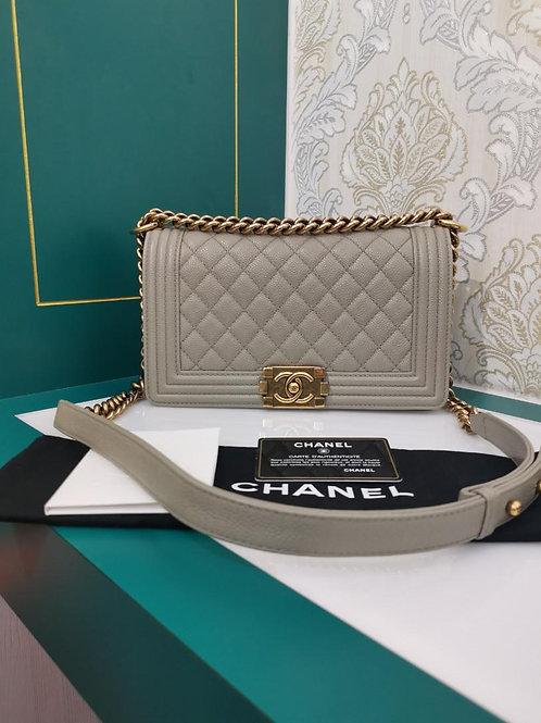 #20 Excellent Chanel Boy Old Medium Caviar Grey aged GHW