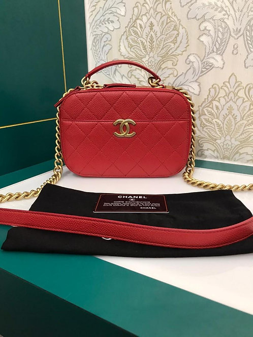 #27 Almost New Chanel Camera Case Red Caviar with aged GHW