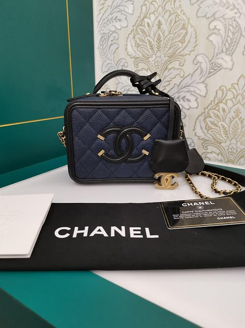 #26 Almost New Chanel Vanity Case Small Navy/Black Caviar with GHW