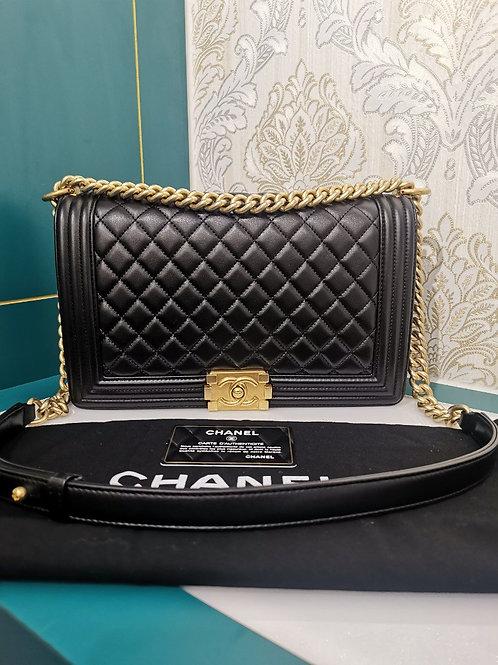 #22 Brand New Chanel Boy New Medium Black Lamb wity GHW