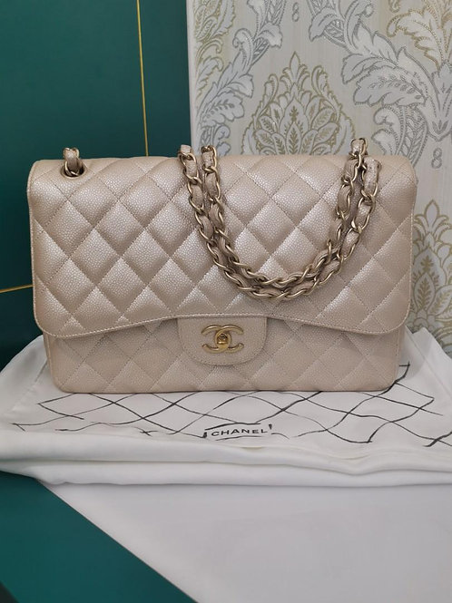 #16 Chanel Jumbo Classic Double Flap Pearly Beige Caviar GHW