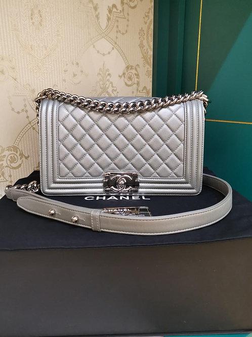 #24 LNIB Chanel Boy Old Medium Silver Caviar RHW (Cash S$6,180)