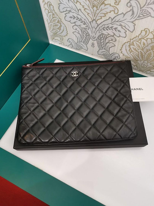 #24 Chanel Clutch/Pouch Black Lamb SHW
