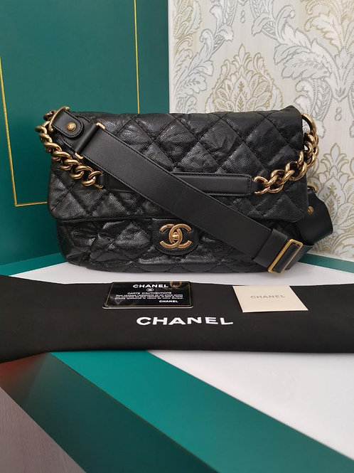 #17 Chanel Coco Pleats Messenger Bag Black distressed caviar aged GHW