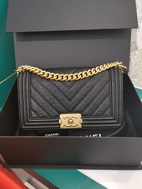 #26 LNIB Chanel Boy Old Medium Chevron Black Caviar with Aged GHW