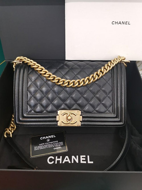 #25 Chanel Boy Old Medium Black caviar Aged GHW