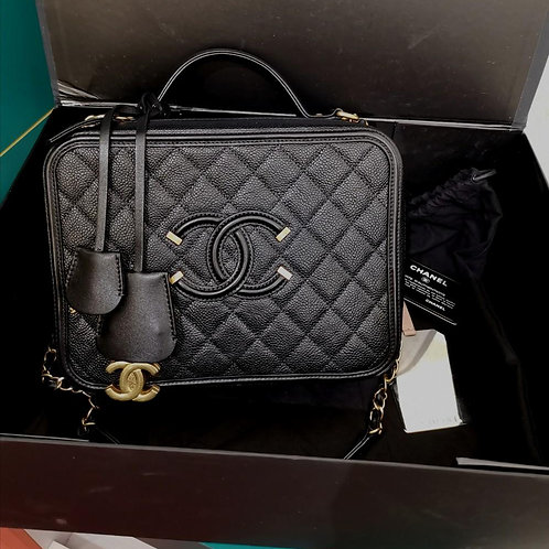 #24 Like New Chanel Large Filigree CC Vanity Case Black Caviar with GHW