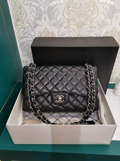 #14 LNIB Chanel Jumbo Classic Double Flap Black Caviar with SHW