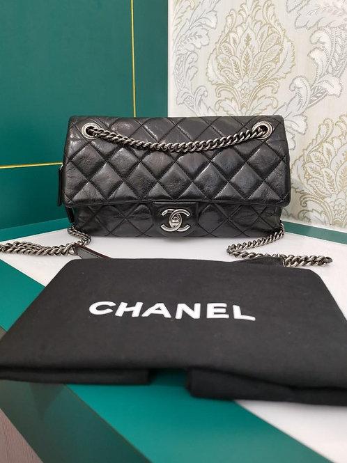 #19 Chanel Easy Flap Medium Black distressed Calf with RHW