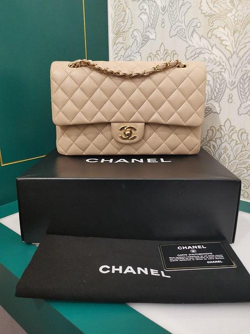 #14 LNIB Chanel Medium Classic Flap Beige Lamb GHW