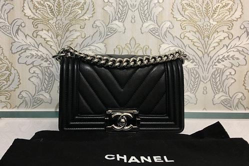 Chanel Boy Chevron small Black Calfskin with SHW