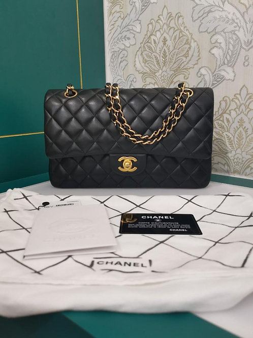 #23 Chanel Classic Double Flap Medium Lamb Black GHW