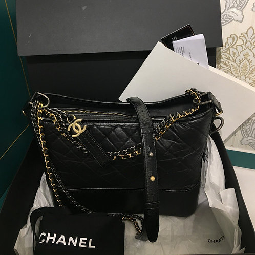 #25 LNIB Chanel Gabrielle Hobo Bag Black Distressed Calf with 3 HW