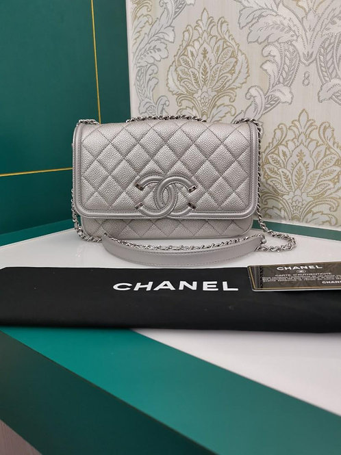 #22 Like New Chanel Flap Small Silver caviar with SHW