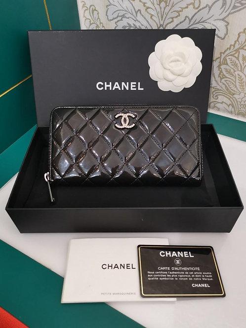 #18 Chanel Classic Long Zipped Wallet Black Patent SHW(Cash S$600)